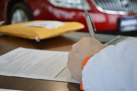 Autóhitel egyszerűen - akár pár nap leforgása alatt aláírható a gépjárműhitel szerződése.